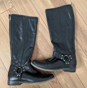 Frye - black zipper boots